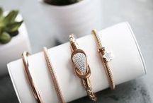 Bracelets / Armbanden zijn één van onze favorites! Draag ze trendy, klassiek of stoer.