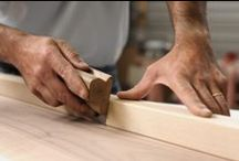 Travail du bois / Depuis de nombreuses années, ED-TEC diffuse une large gamme de produits et matériels concernant l'outillage et les machines à bois.Désormais, nous les commercialisons sur notre site en ligne. Vous êtes passionnés et vous aimez travailler le bois ? Vous trouverez sur notre site tout ce qu'il vous faut pour mettre en oeuvre vos projets... de l'outillage au tour à bois, en passant par la machine combinée.
