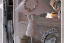 Côté abat-jour, lampes et suspensions / Tous mes abat-jours sont fait maison en polyphane, ou en tissu et customisés.