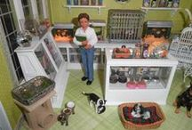 Dolls House Pets and Accessories / miniature animals, pets and accessories