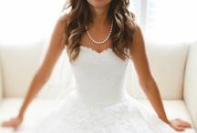 Wedding / Beautiful, Unique, Elegant, Photos Ideas, Clothes, Decor, and Cake = Perfect Wedding
