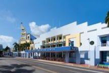 Miami Beach Convention Center / An interior and exterior view of the Miami Beach Convention Center