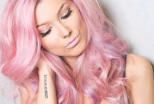 Pretty in Pink / Flick through these gorgeous, fun colours!