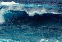 Sea & waves  ..  sky / by Heaisung Kim