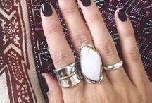 Rings & things / Rings, rings & more beautiful rings.