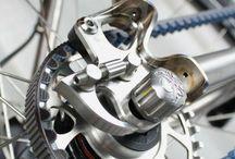 MTB / La bicicleta de montaña y sus complementos