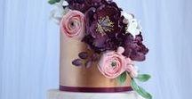 Hochzeitstorten und Menü-Ideen / Hm... Lecker. Inspiration für Hochzeitsmenüs und Hochzeitstorten - egal ob klassisch, das Erdbeerherz oder Cupcake-Torte.