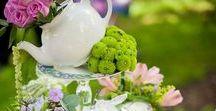 """Alice im Wunderland Hochzeit / Inspirationspinnwand für eine Hochzeit im Motto """"Alice im Wunderland"""" - es wird Zeit mit dem verrückten Hutmacher Tee zu trinken!"""
