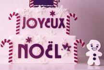 Christmas Noël cakes