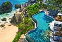 Our Dream Swimming Pools / Be dazzled by our best-loved pools from around the world.