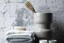 50 Shades of Grey / Check out these great grey bathrooms for some bathroom inspiration!
