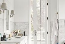 Dreamy Whites / Check out these dreamy white bathrooms for some bathroom inspiration!
