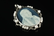 Portrait Cameos of Adults / Hand carved cameo portraits of adults. Created from your photos of your 'loved one' by Gareth at Portrait Cameos. The portrait cameos are displayed in Gold or Silver settings. These can be worn as pendants, brooch pins or cameo lockets. I have a portrait of a young bride, a much loved wife and mother and portraits of grandmothers and grandfathers.