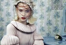 Knitting Machine / by Heloisa Lenart