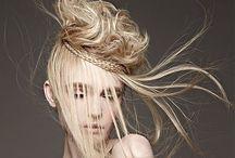 Up style / セットスタイルやアップスタイルのボード ビッグヘアーが多いかも⁉︎ / by Mai Miura