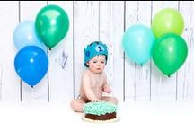 Cake Smash / One year old birthday boy smashed a cake in my studio.  Baby and family. Agusta Gudrun Photography