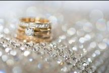 Yellow Gold Rings / Engagement ring inspiration for those who like a little gold with their glitter.