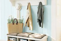 Organised Hallways / Find ideas on how to organise your hallway, while still keeping it stylish but functional. Here you can see ideas in storing shoes, coats and bags, along with ideas on how to organise everything to help make your days run smoother.