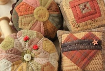 Pincushions / by Carrie Winders