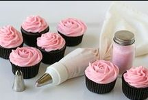 cupcakes / by Saira Sayeed