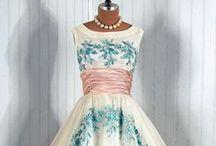Oblečenie / Moja nástenka je o mode. Na tejto nástenke sa nachádzajú zaujímavé typy ,ktoré si môžete obliecť.