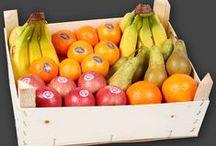 Frugtkasser - firmafrugt, helt enkelt / Vælg den firmafrugt som passer til jeres behov og ønsker og byd på frisk frugt hver dag – til glæde og til gavn. Se de mange Firmafrugtordninger herunder.