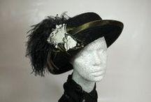 Historische Damenhüte