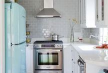 Be Home: Kitchens & Dinning / by Catarina Cota