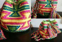 Wayuubags by CS / Mochilas,. Sobres y manillas wayúu