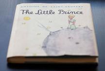 Le Petit Prince / Le Petit Prince a 70 ans et n'a pas pris une ride ! Ce grand classique de la littérature enfantine, qui est aussi un joli conte philosophique, se décline aujourd'hui sur une gamme de produits pour enfants et bébés.