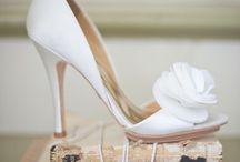 Sapatos de Noiva / Inspirações para compor o look do grande dia.