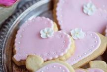 Valentines Day 2014 / Pretty projects you might want to try for V-day 2014.