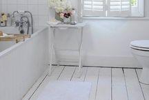 Bathroom / Floors and decor