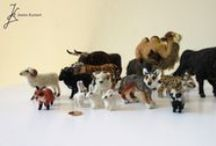Needle-felted animals and other self-made stuff / contains my own needle-felted work