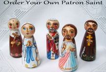 The saint saints patron patroness painted figurine peg doll / The collection of the saint figurines. They are wooden peg dolls hand painted with non-toxic acrylic paints and varnished, using non-toxic water varnish.