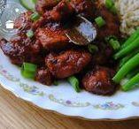 Indische recepten/Indofood / Op dit bord vind je mijn recepten uit de Indische en Indonesische keuken. Soms deel ik een familierecept of een authentiek recept in een modern 'gezonder' jasje. In mijn recepten gebruik ik altijd verse producten en ben ik niet zuinig met kruiden en specerijen. Iedereen kan Indisch koken!