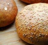Brood en zoete recepten / Als ik een keer brood eet, eet ik het liefst zelfgebakken brood. De geur van vers brood, een laagje roomboter is eigenlijk niet te weerstaan.