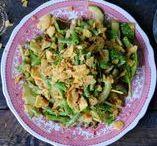 Salades/salads veggies and skinny food / Ik kan niet zonder groenten! Ik wordt echt blij van groen op mijn bord. Er gaat dus geen dag voorbij zonder dat ik een salade heb gegeten. Hier vind je allerlei groen inspiratie.