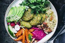 Hummus, avocado en falafel recepten / Ik ben gek op hummus, avocado en falafel. Op dit bord verzamel ik zoveel mogelijk verschillende recepten en ga ze allemaal uitproberen!