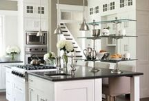 White kitchen themes / Beautiful (mainly) white kitchen inspirations