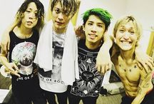 ONE OK ROCK / ONE OK ROCK