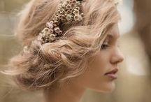 Coiffure / J'adore tout: les couleurs, les idées; les formes (bouclé ou raide), longueur de cheveux.....tout tout tout!