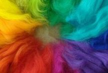 Loving Colours <3 / Color organized like rainbows. So beautiful to look at - it makes my smile :)