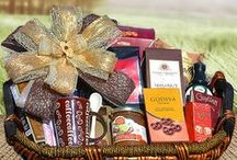 Gift Baskets / Unique gift baskets for family,friends & business clients.Take your pick: ready to deliver or custom gift basket.Based in AZ Phoenix   #giftbaskets #azgifts #gourmetgifts