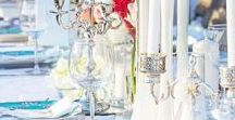 Diner En Blanc | Stacy Armand Event Design / How to host a Dinner En Blanc Dinner Party #dinnerenblanc #allwhitedinner #Frenchriveria #fiestaroses #peonies #roses #mirroredvases #candleabra #Popupbrooklyn #blueplates #custommenu