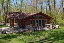 Bay Cottage / Bay Cottage is a warm and inviting 2 bedroom, 1 bath log-sided cottage located in a wooded setting among tall maples, oaks and birch trees only feet from the shores of Lake Namakagon. Overlooking peaceful Junek's Bay on Lake Namakagon, there is 200 feet of lakeshore, a level yard and excellent fishing right off the private pier.  http://4seasonsresort.net/bay-cottage-2-bedroom-rental/