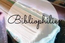 Kapri-ziös: Der Bücher- und Literaturblog / Kapri-zioes ist ein Bücherblog mit eigener Meinung. Auf diesem Literaturblog werden Belletristik und Sachbücher besprochen.