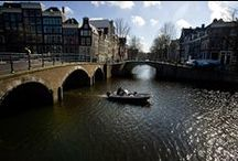 Amsterdam City Centre Tour / This easy to walk tour through Amsterdam, with a typical Dutch coffee break, is an essential introduction for anyone that wants to get the most out of their time in one of Europe's great capitals. 35 euro per person - tour group maximum is 4 people #amsterdam #citytour #thingstodo