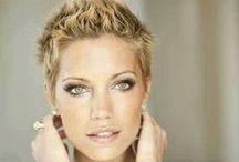 Hairstyle Woman Short Haircuts  Kurzhaarschnitt Frauen