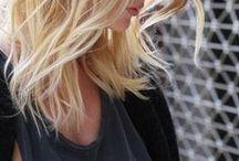 cabelo; cabeleira; cabeluda; descabelada